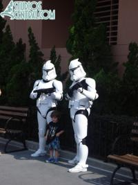Clone Troopers and child