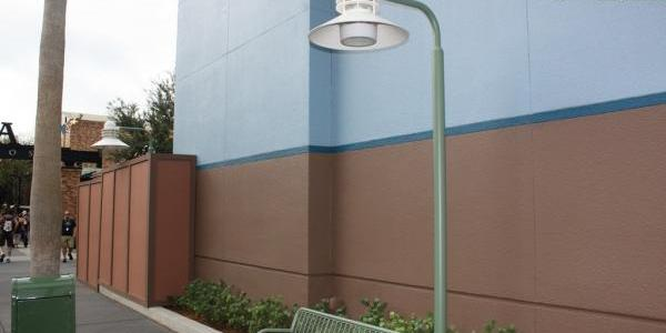 These lamp posts near Captain Jack Sparrow Experience look new