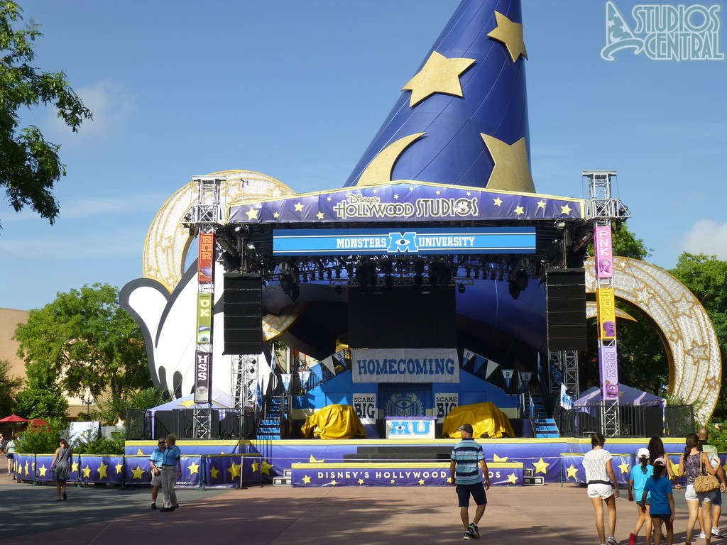 Monsters University homecoming stage is up