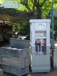 Pressed Penny machine by Backlot Express