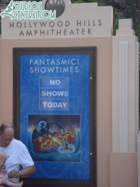 No Fantasmic! shows today.