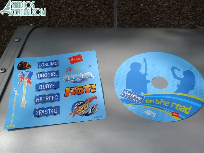 Kids can decorate this cardboard CDs with stickers while they wait.