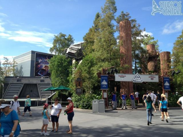 Entrance to Star Tours