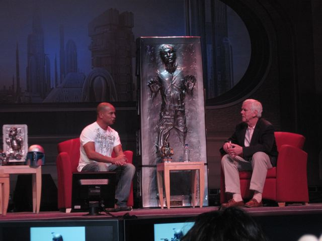 Daniel Logan talking to Jeremy Bulloch