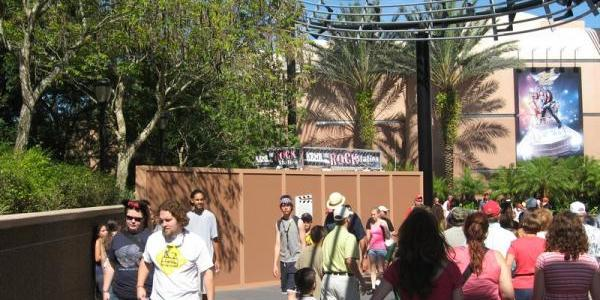 New construction in Rock 'n Roller Coaster Courtyard