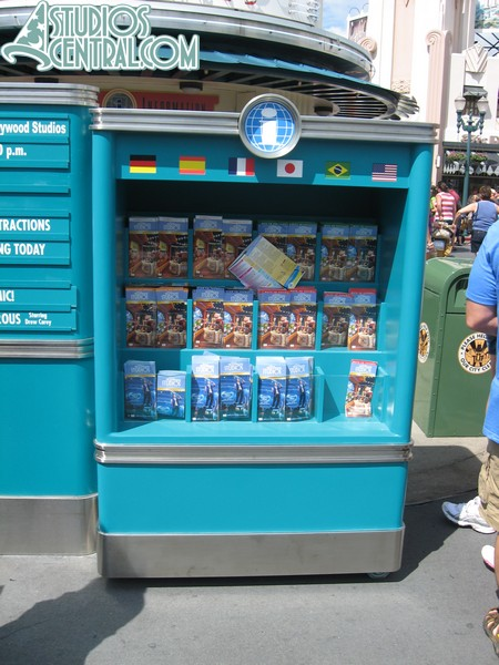 New Park Map distribution stand, with lots of foreign language maps