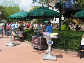 Temporary Disney Vacation Club stand near the American Idol Experience