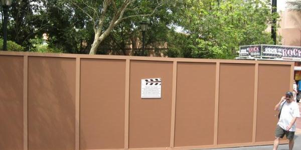 Rock 'n Roller Coaster kid spot construction progress