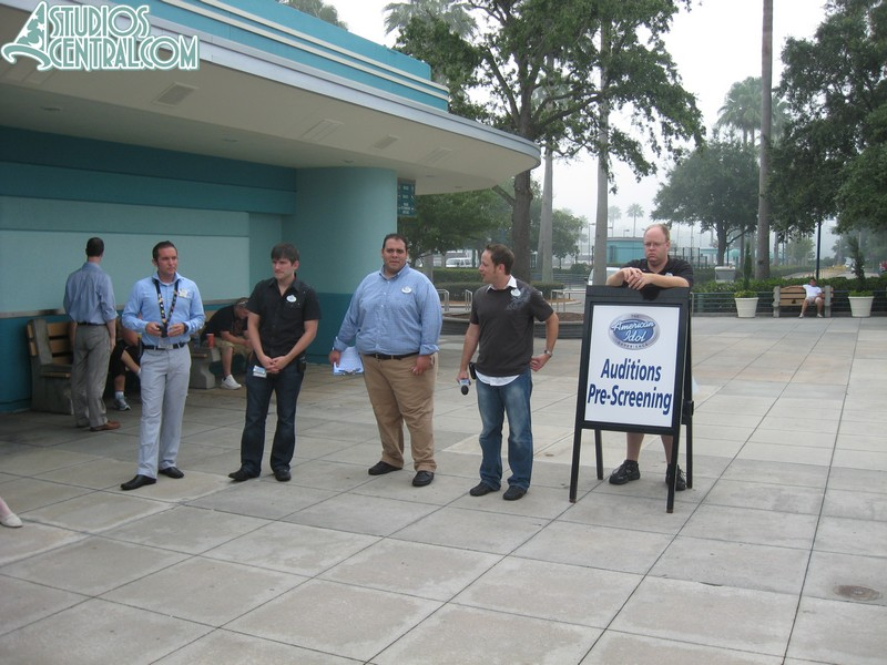 American Idol pre-auditions while you wait for the park to open