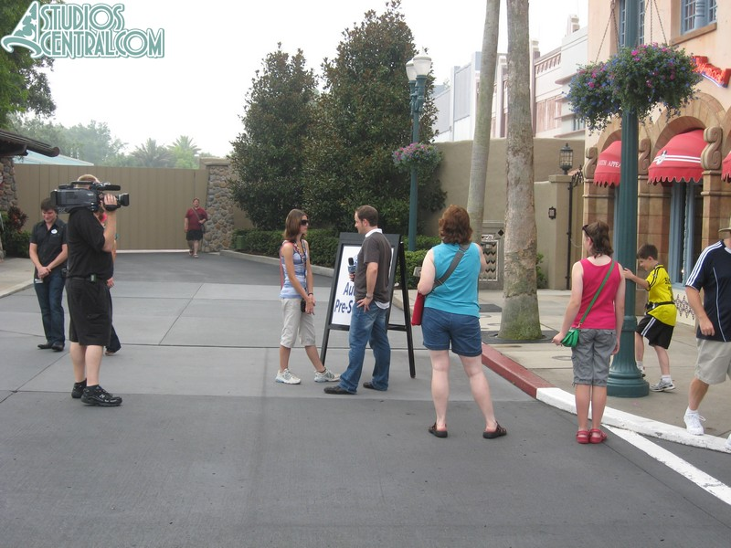 More in-depth auditions inside the park entrance area