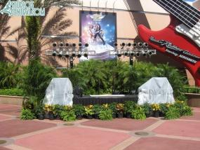 Stage outside Rock 'n Roller Coaster
