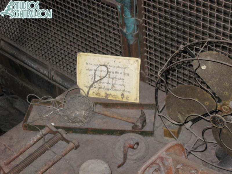 My favorite Tower of Terror detail