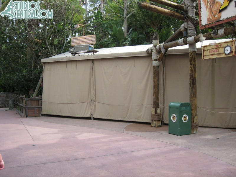 No FASTPASS at Indiana Jones Epic Stunt Specacular