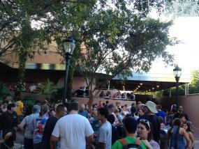 Big crowd at Rock n Roller Coaster