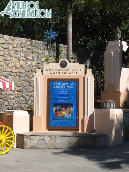 Fantasmic sign
