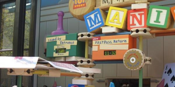100 minute wait at Toy Story Midway Mania