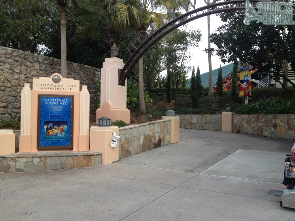 Fantasmic! closed for refurbishment