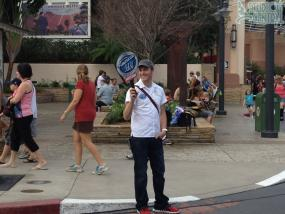 American Idol Experience recruiter on Sunset Boulevard