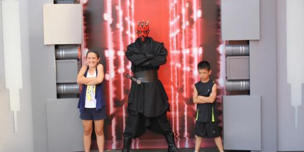 Darth Maul meeting guests