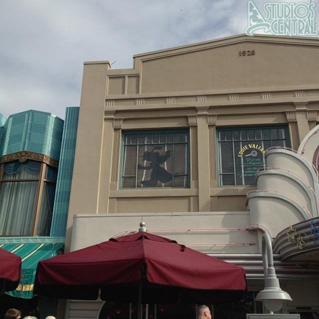 Roger Rabbit silhouette broken above Hollywood and Vine
