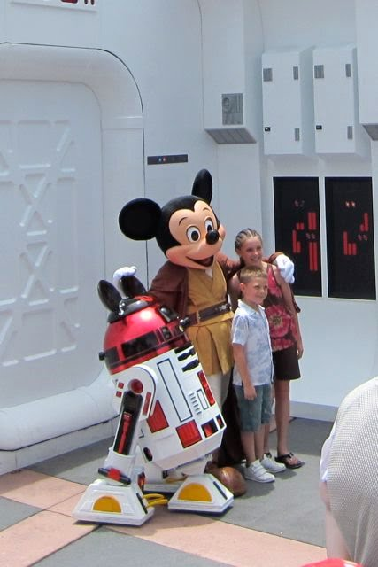 Jedi Mickey and R2-MK