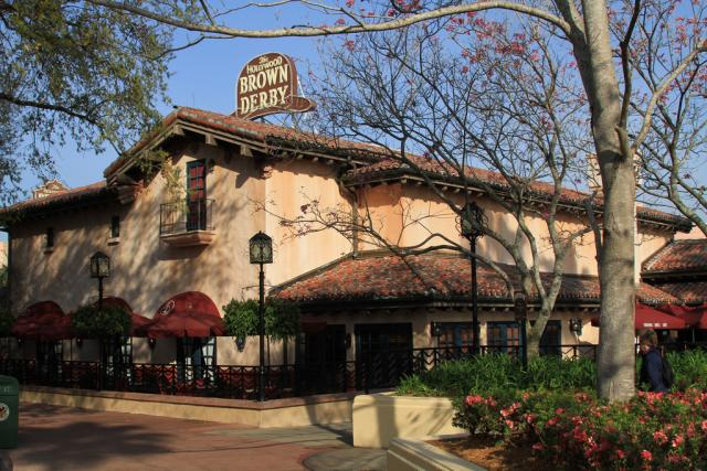 Hollywood Brown Derby Outside