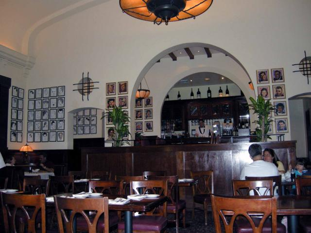 Brown Derby Bar